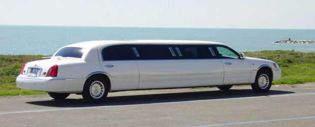 limousine for wedding day